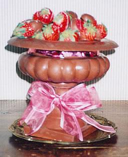 Strawberries-chocolate-bowl
